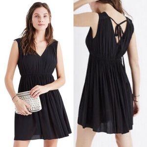 Madewell Magnolia Tie-back Black Dress